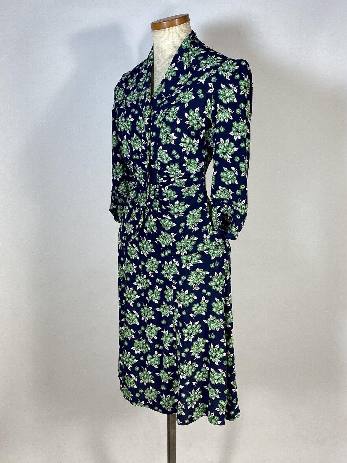 Vintage early 1940's floral silk crepe 2-pc. skir… - image 2