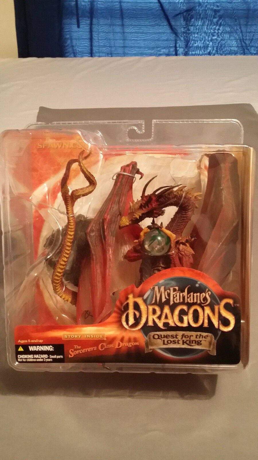 McFarlane's Dragons  Quest For The Lost King - Sorcerers Clan Dragon Figure