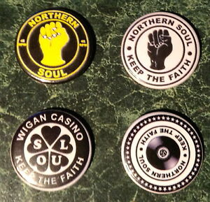 Speldjes 25mm SCOOTER WIGAN  PATCH JACKET  PIN 12  NORTHERN SOUL BUTTON BADGES  1 INCH