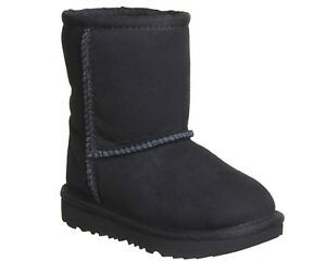 UGG Classic Infant Boots Black UK 5 EU 225 CH06 09 - Sutton Coldfield, West Midlands, United Kingdom - UGG Classic Infant Boots Black UK 5 EU 225 CH06 09 - Sutton Coldfield, West Midlands, United Kingdom