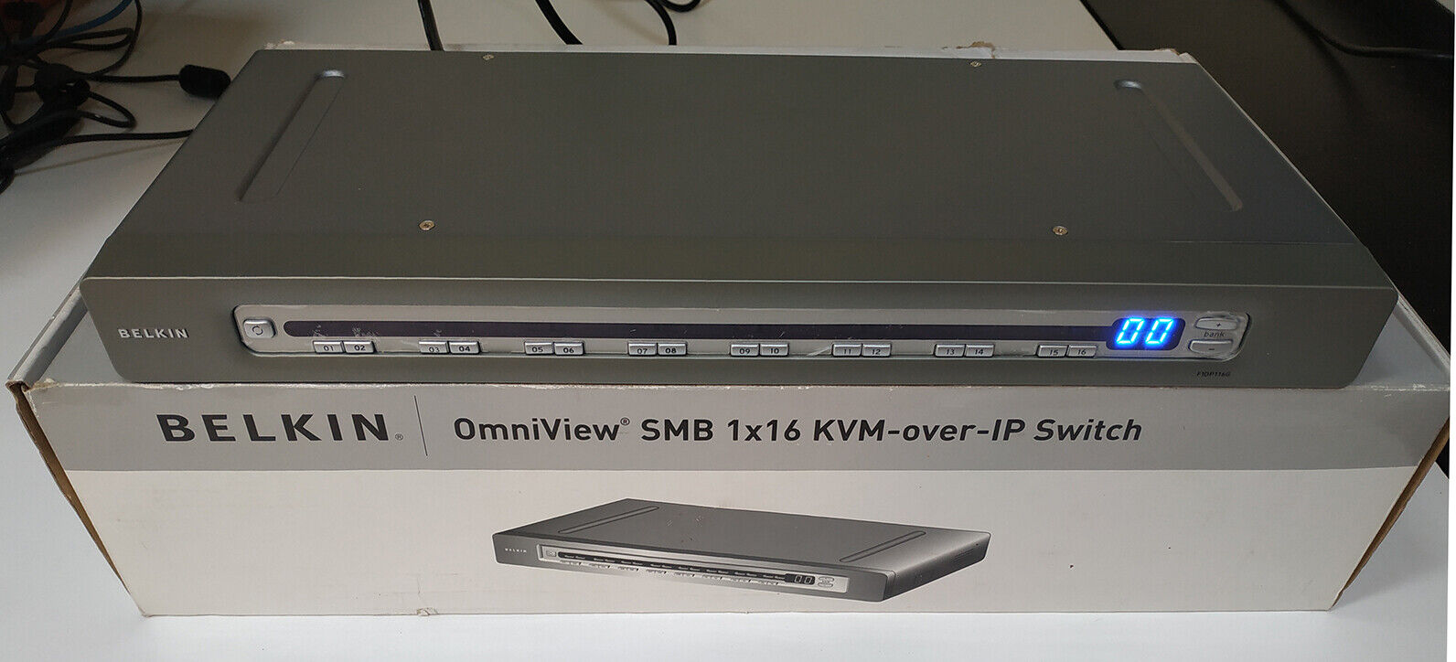 Belkin F1DP116G OmniView 1x16 SMB KVM Over IP Switch 16 Ports Cat5 1U Stackable