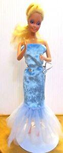 Barbie-original-doll-golden-blonde-hair-blue-long-dress-amp-free-dress-high-heels