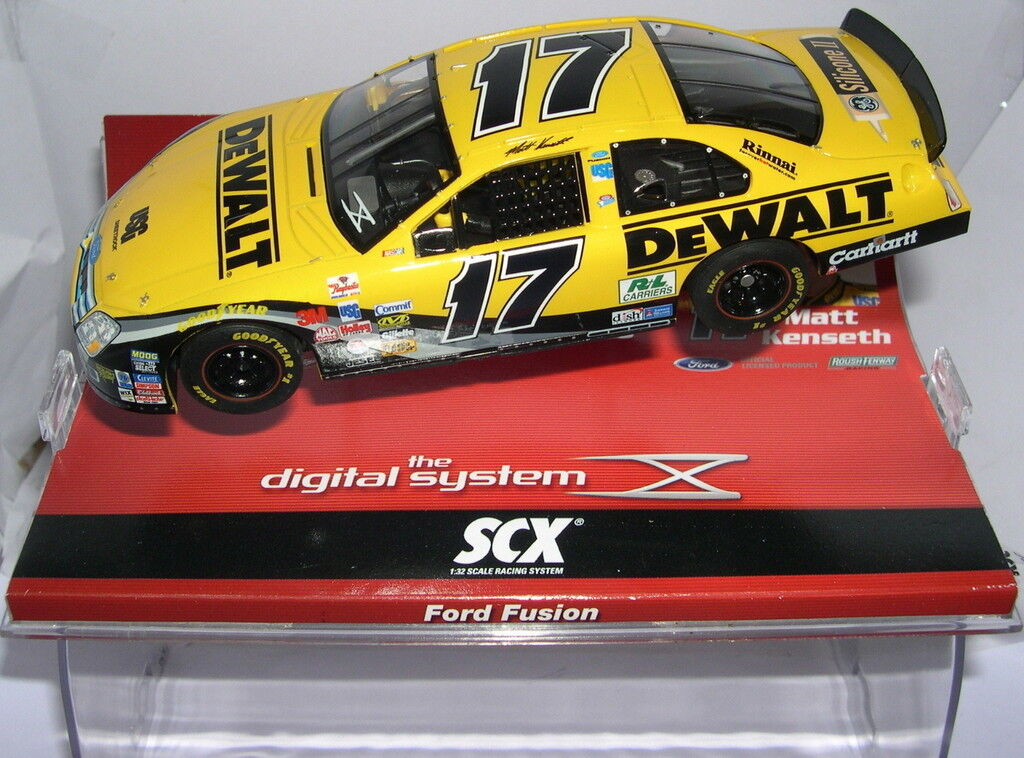 SCALEXTRIC SCX DIGITAL SYSTEM 13430 FORD FUSION DEWALT MATT KENSETH MB