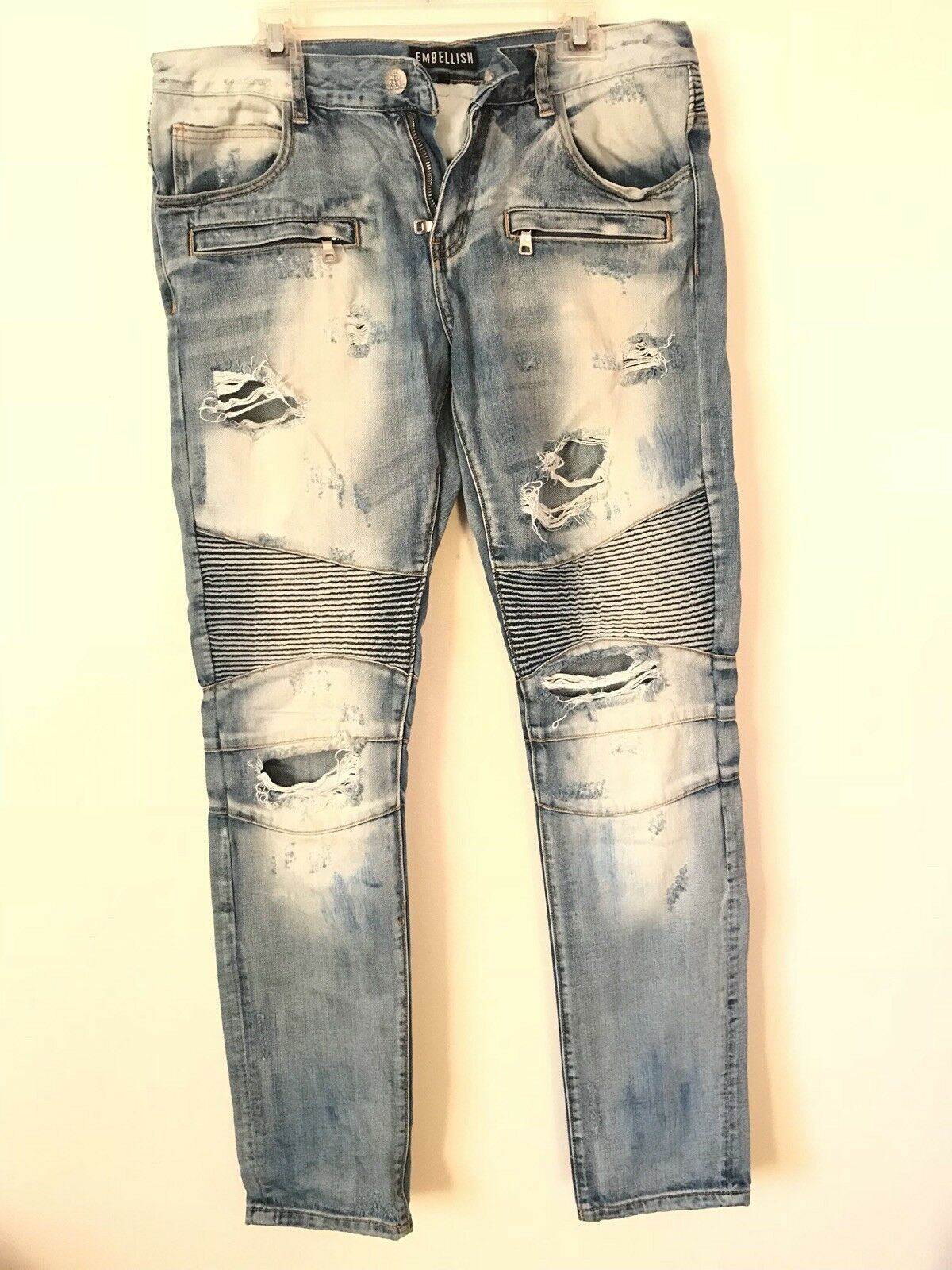Embellish bluee Jeans Size 34 Distressed