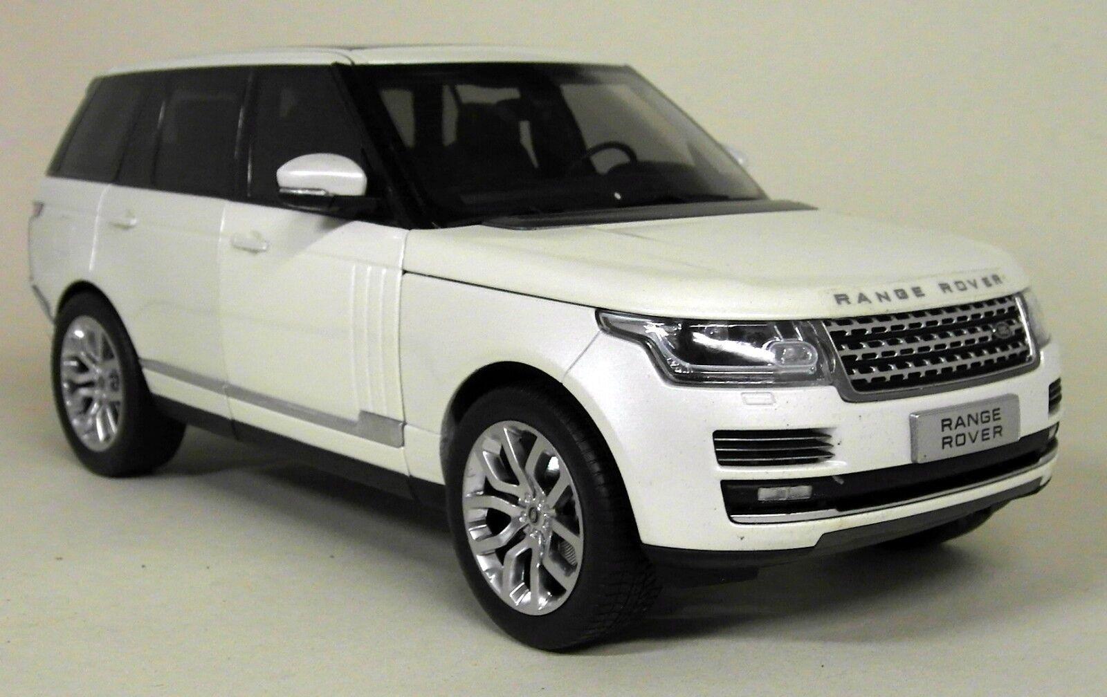 GT Autos 1 18 Scale - 11006 Mo Range Rover 2013 Metallic blanc Diecast Voiture Modèle