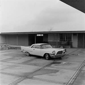 Chrysler-300C-1957-model-OLD-CAR-ROAD-TEST-PHOTO-2