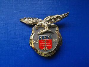 Pucelle-20e-Regiment-d-Infanterie-Reserve-insigne-militaire-en-Argent