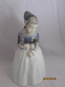 Royal Copenhagen Figurine Amager Girl #1251