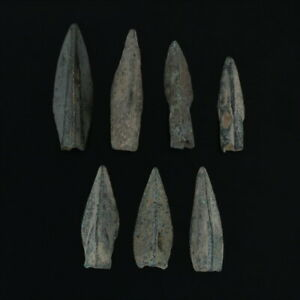 Ancient-Weaponry-Arrowheads-Patinaed-Triblade-Trilobate-Pyramid-Lot-of-6