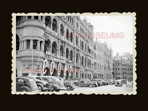 Queen-039-s-Road-Building-Car-Street-Scene-B-amp-W-Vintage-Hong-Kong-Photo-1951
