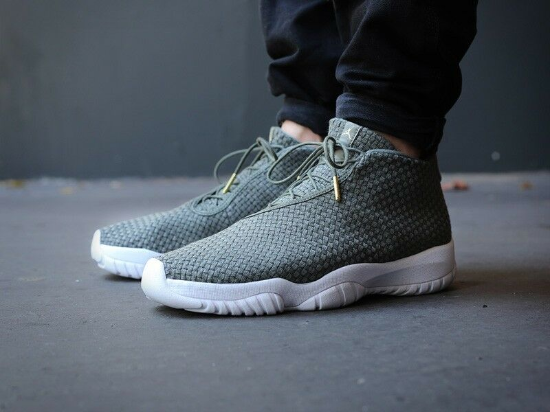 NEW Nike Air Jordan Future Men's Sz 8.5 shoes Iron Green White 656503-300