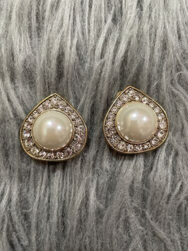 Vintage Arnold SCAASI Gold tone Faux Pearl Crystal