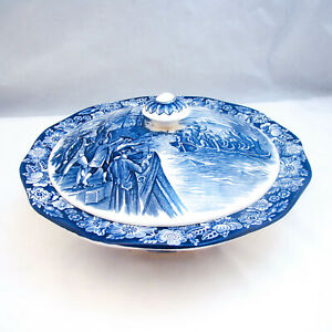 Staffordshire-Historic-Colonial-Scenes-LIBERTY-BLUE-Covered-Vegetable-Bowl-EXC