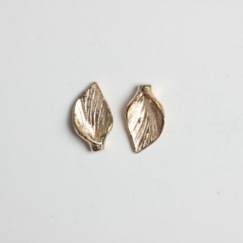 50pcs Gold Leaves Shape Necklace Pendants Charms Jewelry Making Findings