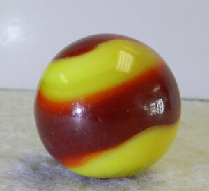 #12729m Vintage Akro Agate Corkscrew Shooter Marble .94 Inches