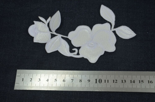 12cm WHITE FLOWER TRIMMING Embroidered Sew Iron On Cloth Patch Badge APPLIQUE