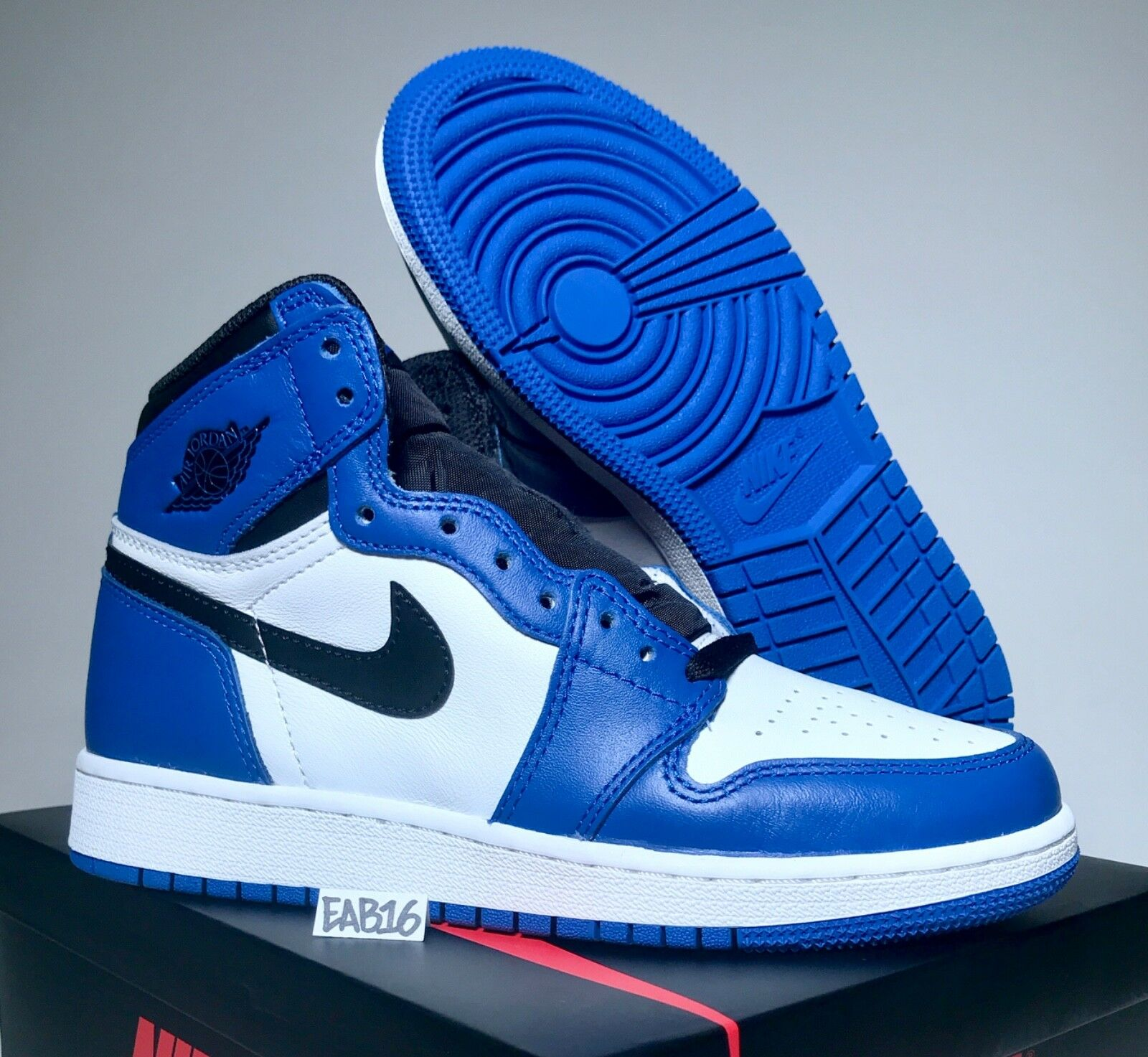 Nike Air Jordan Retro 1 OG BG GAME ROYAL Blue Black and White 555088 403 Size