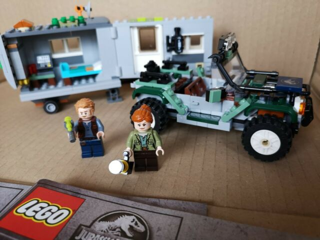New Lego Jurassic World Minifigure CLAIRE DEARING from set 75938