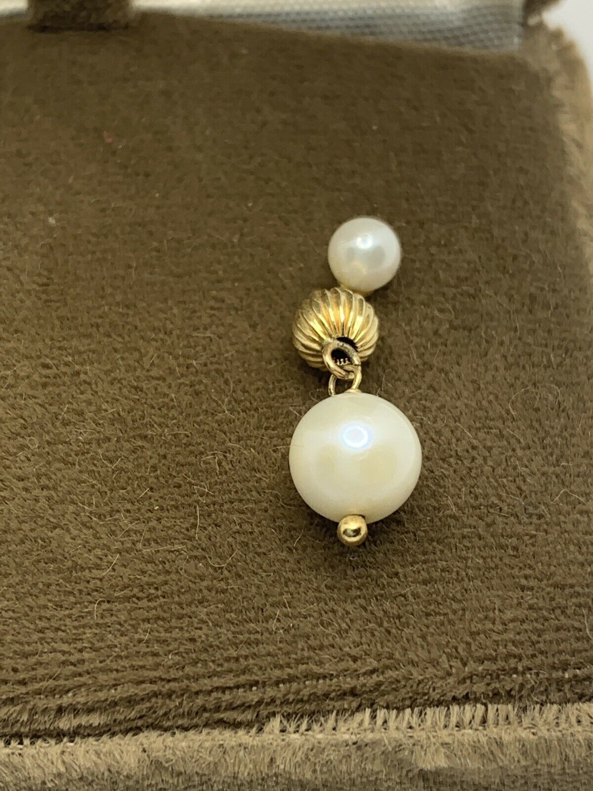 vintage 14k gold pearl and gold earrings - image 2