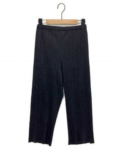 PLEATS PLEASE Pleated Cropped Pants Black Size: 3