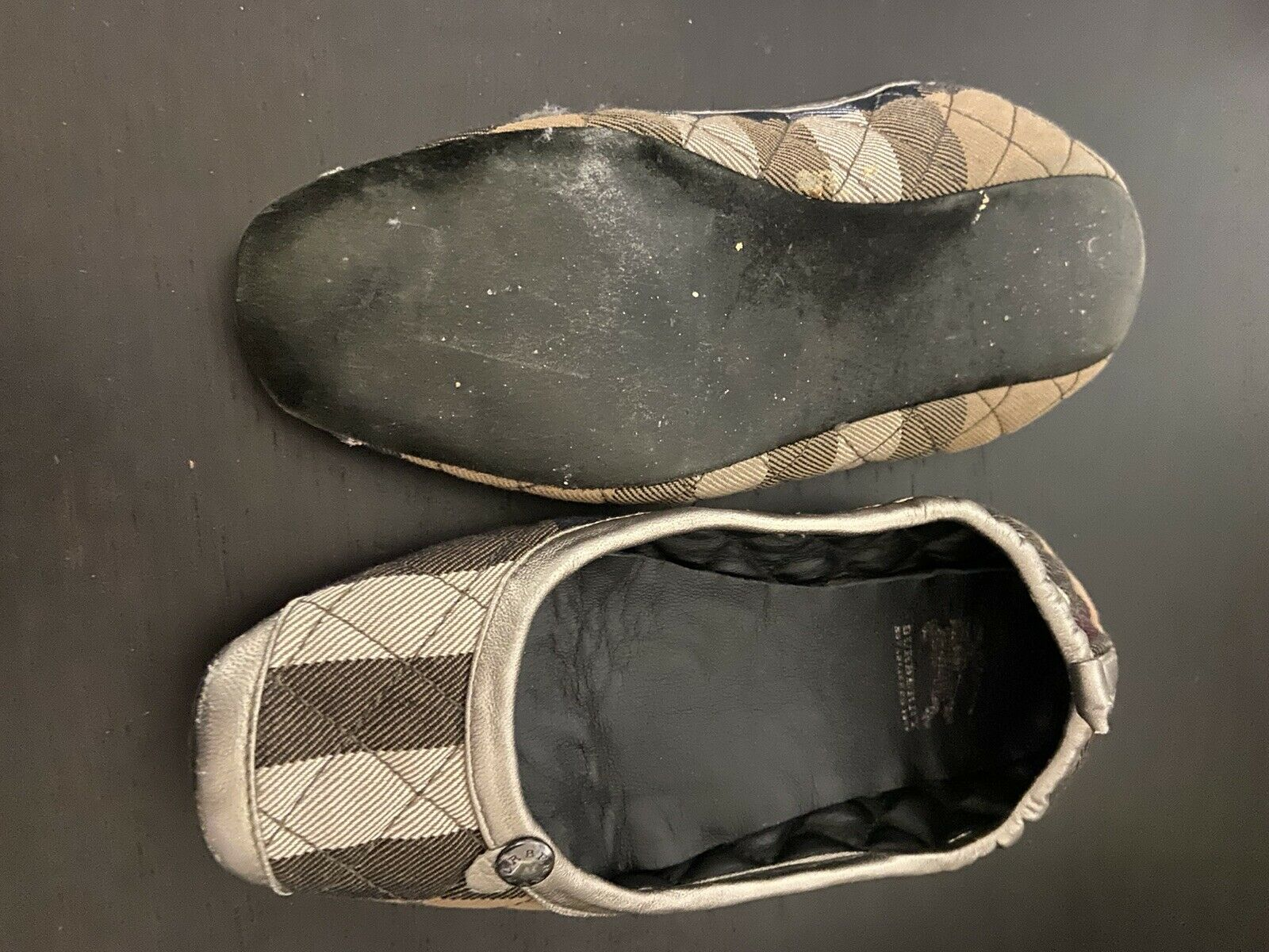 Burberry Women's Slippers SIZE 5 - image 2