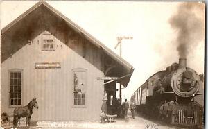 S21-1961-RPPC-Postcard-Williamstown-Train-Depot-Engine-Horse-Amer-Express-c1910