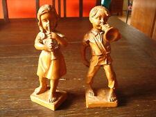 Paar 2 reizende Holz Figuren Knabe mit Trompete Mädchen mit Flöte geschnitzt