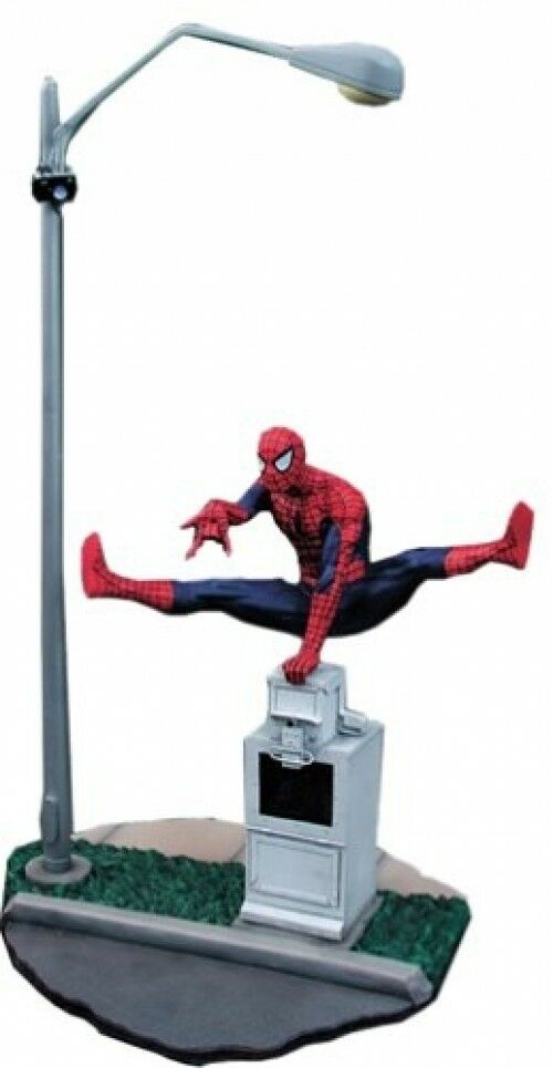 Statue SPIDERMAN Premier Collection sculpted by Clayburn Moore Limited Edition