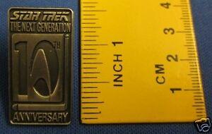 Star-Trek-Next-Generation-10th-Anniversary-Pewter-Effect-Pin-Badge-10Y1