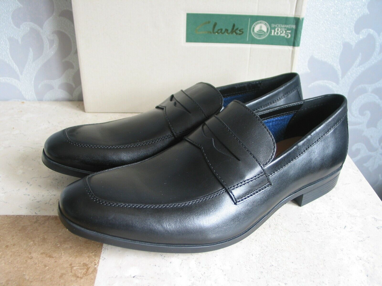 NEW CLARKS CONWELL SLIP ON BLACK LEATHER SHOES UK SIZE 8 & 10.5