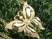 TRIFARI Crown Signed Vintage Butterfly Pendant Necklace Gold Tone Chain Goldtone
