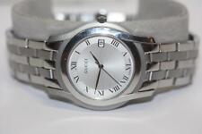 34dedd98f68 Gucci 5500M Series Stainless Steel Silver Date Dial Swiss Quartz Watch
