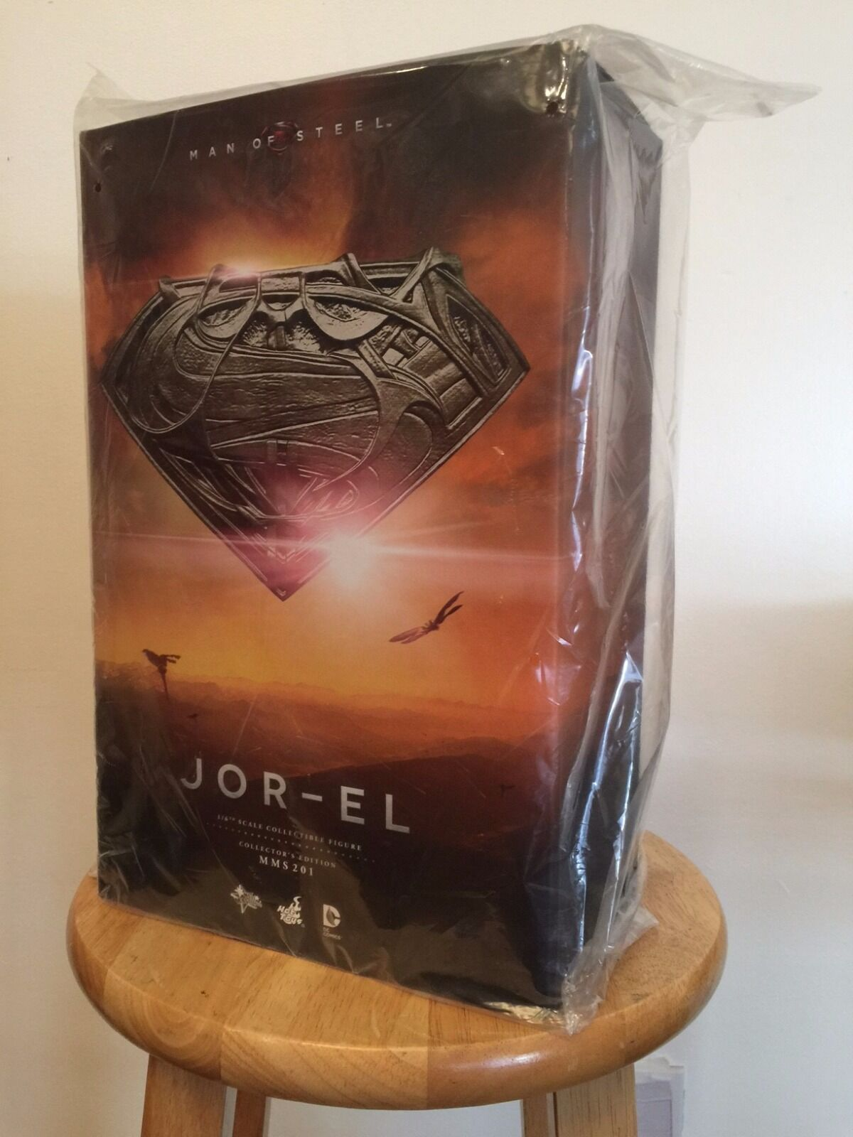 Man of Steel  Jor-El (Movie Masterpiece Figure 1 6 Scale Figure by Hot Toys)