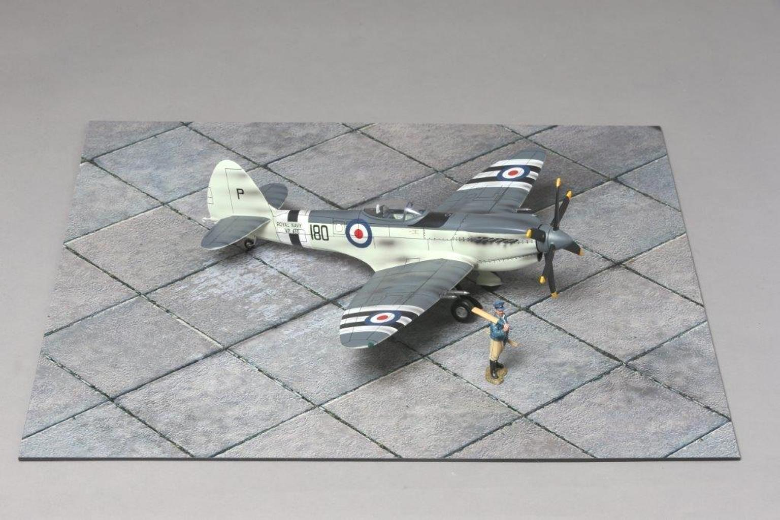 Thomas Gunn Accessori Diorama WW2 MAT004 CeSieto Airfield Tappetino MIB