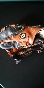 Wilson-EZ-Catch-T-Ball-Right-Hand-Throw-Custom-FIT-10-034-A2450-Leather