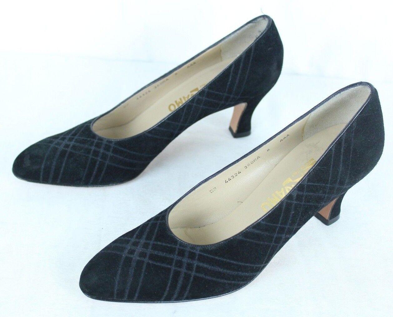 acquisto limitato FERRAGAMO ITALY ITALY ITALY Classic nero Suede Subtle Hatch Heels Pumps scarpe US 8 AAA  qualità autentica