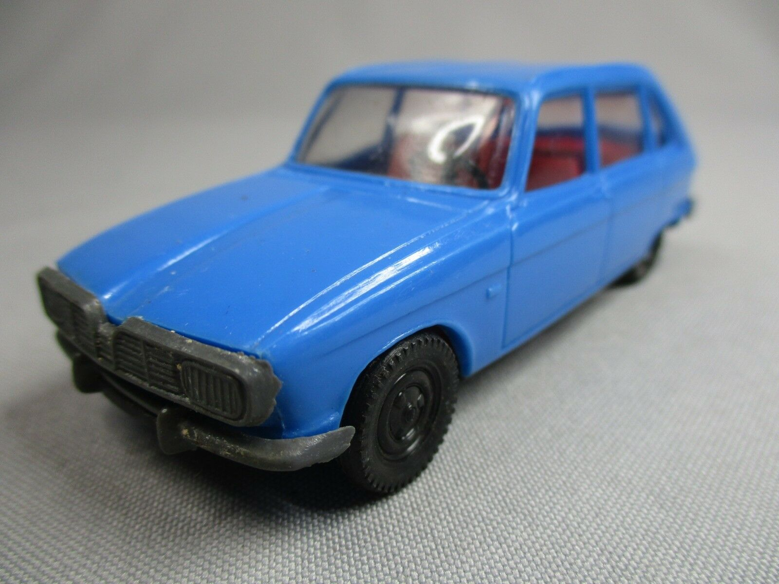 AI149 INJECTAPLASTIC RENAULT 16 R16 blueE 1 43