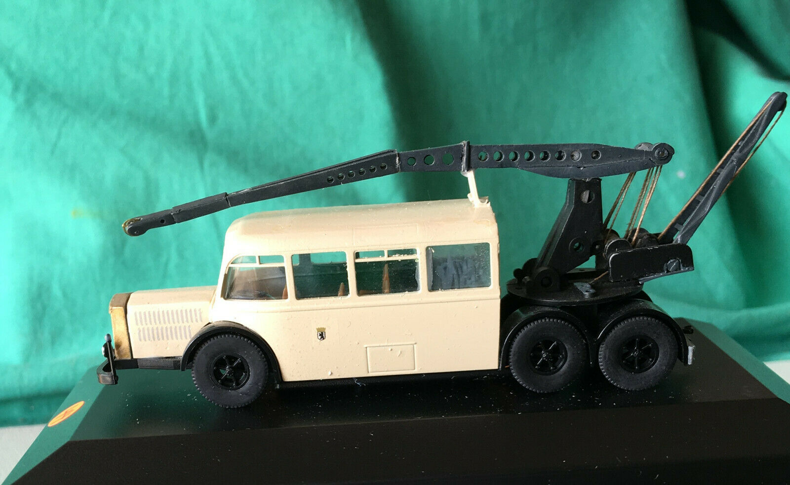 M1  87 Transformation, NAG-Bus, Troll, touwing, grue, restauration,  profiter de vos achats