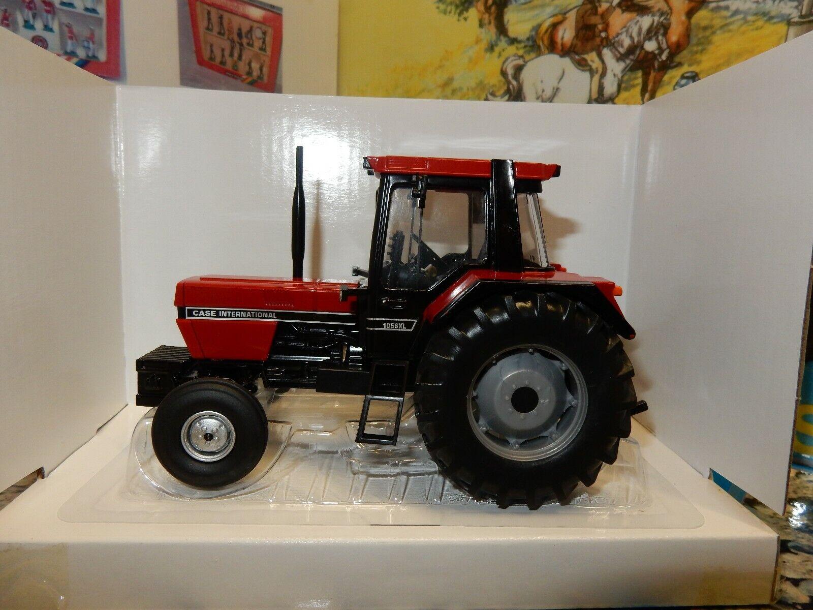 Britains Farm Case IH 1056xl 2WD Tractor 1 32 Die-cast Model....Brand New....