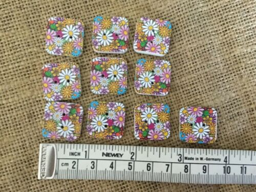 Floral multicoloured square buttons x 10