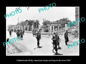 OLD-POSTCARD-SIZE-PHOTO-CALTANISSETTA-SICILY-USA-TROOP-ARRIVING-IN-WWII-1943