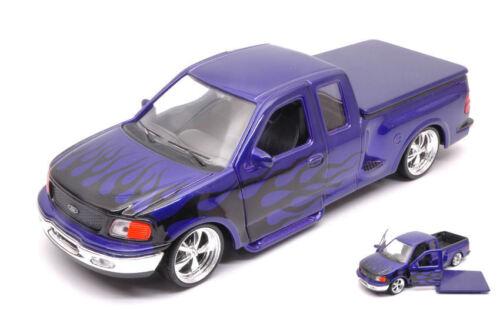Ford F-150 Flareside Supercab Pick Up 1999 Purple W// Black Flames 1:24 Model