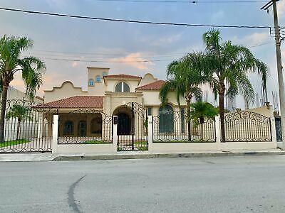Casa en venta en Allende a 40 m de Carretera Nacional 4 recamaras y alberca