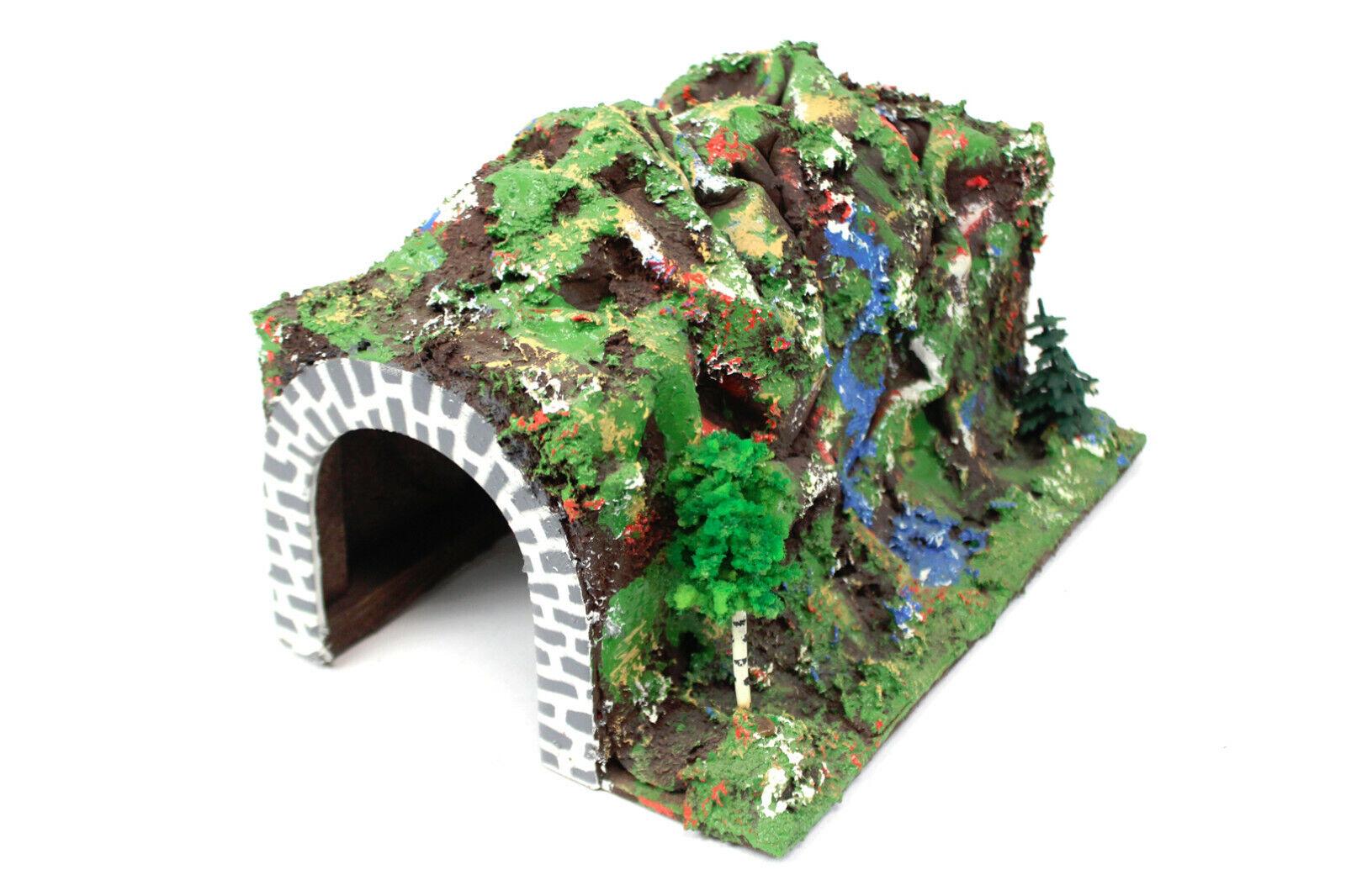 Bel tunnel collinosa con alberi traccia fatti a uomoo h0 tunnel ferroviario 1950