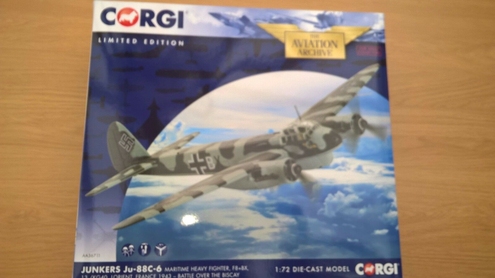 CORGI AVIATION 1 72 JUNKERS JU-88C-6 MARITIME HEAVY  FIGHTER FRANCE 1943 no 0003