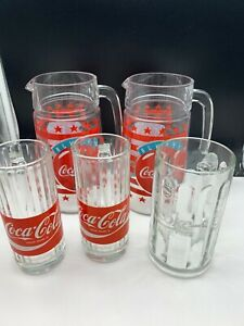 Coca-Cola-2x-Carafe-amp-3-X-Glaser-Unbenutzt-Top-Condition