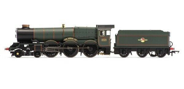 R3004 BR 4-6-0 'Serlby Hall' B17 4 Class Early BR Weathered HORNBY OO Gauge
