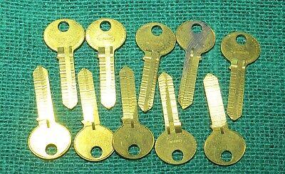 Free Postage! Antique Furniture LQQK Cupboard Lock Ornate Keyblank