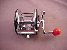 Vintage Penn Long Beach 60 Casting Fishing Reel