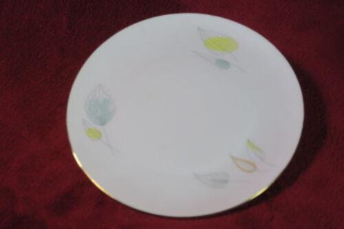 Seltmann Weiden Bavaria LIANE 7.75inches diameter plate w//leaf design